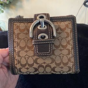 Small bifold Coach Wallet